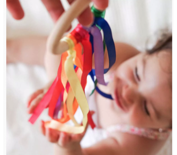 Anillas de Viento Waldorf para despertar los sentidos de los bebés