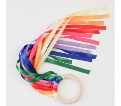 Anilla de viento Waldorf de los colores del Arco Iris