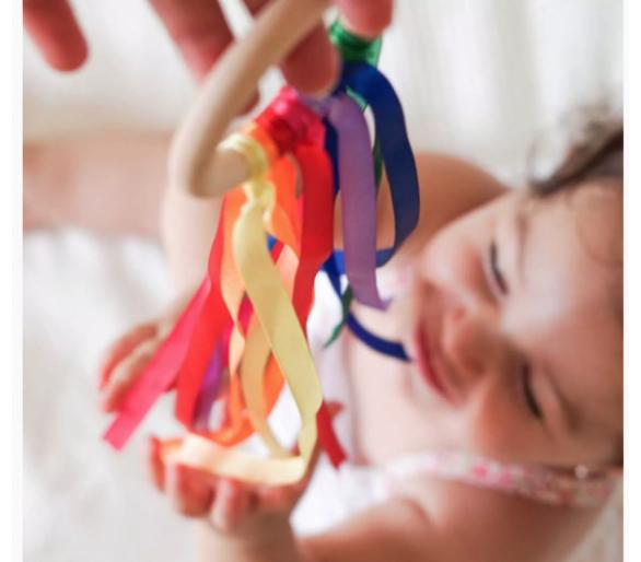 Waldorf para bebés con la Anilla de Cintas de Viento Arco Iris